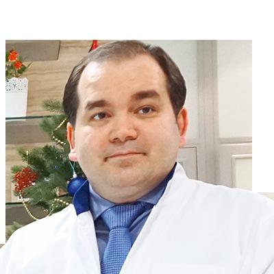 Кандидат медицинских наук, врач-стоматолог, Главный врач стоматологического центра «МАЗОТ» (Международная Ассоциация Заслуженных Ортопедов и Терапевтов) в г. Москве Ахмед Таблиханович Сампиев.
