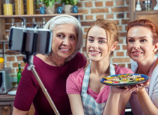 Бабушки, мамы, мы