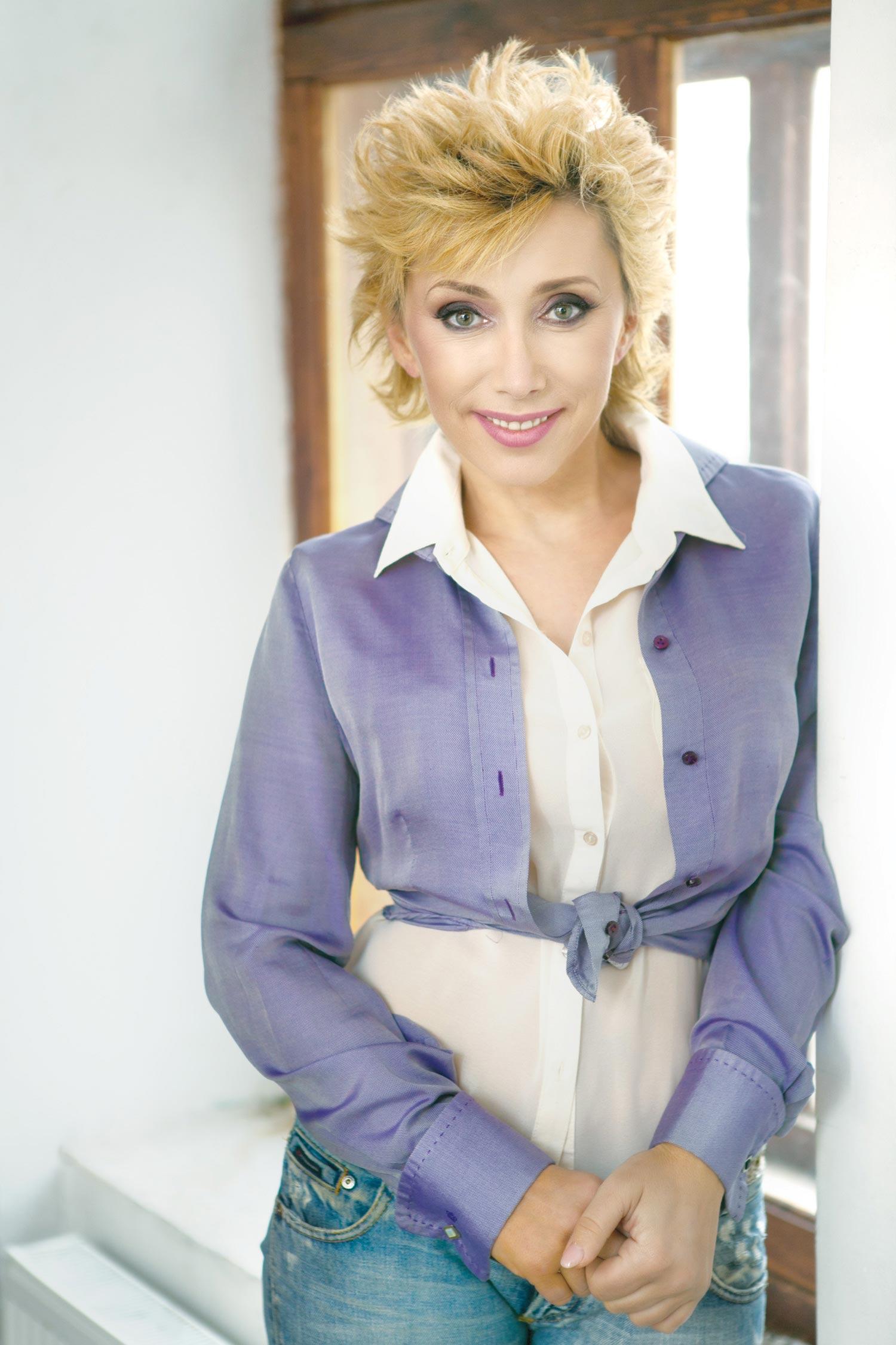 Елена Воробей, актриса, заслуженная артистка России
