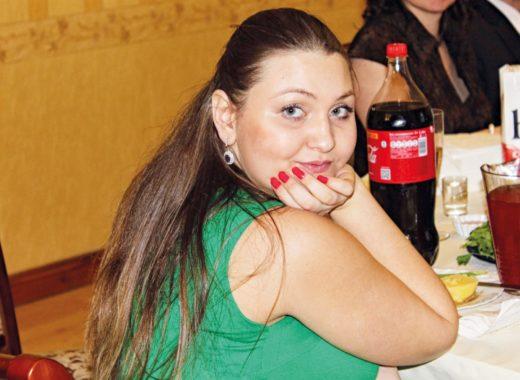 «Мотивация — самое главное в похудении. Если вы точно знаете, для чего это делаете, результат не заставит себя долго ждать», — уверена наша сегодняшняя героиня, PR-менеджер из Москвы Альбина Корнеева. Что именно ей помогло всего лишь за год сбросить целых 50 кг?