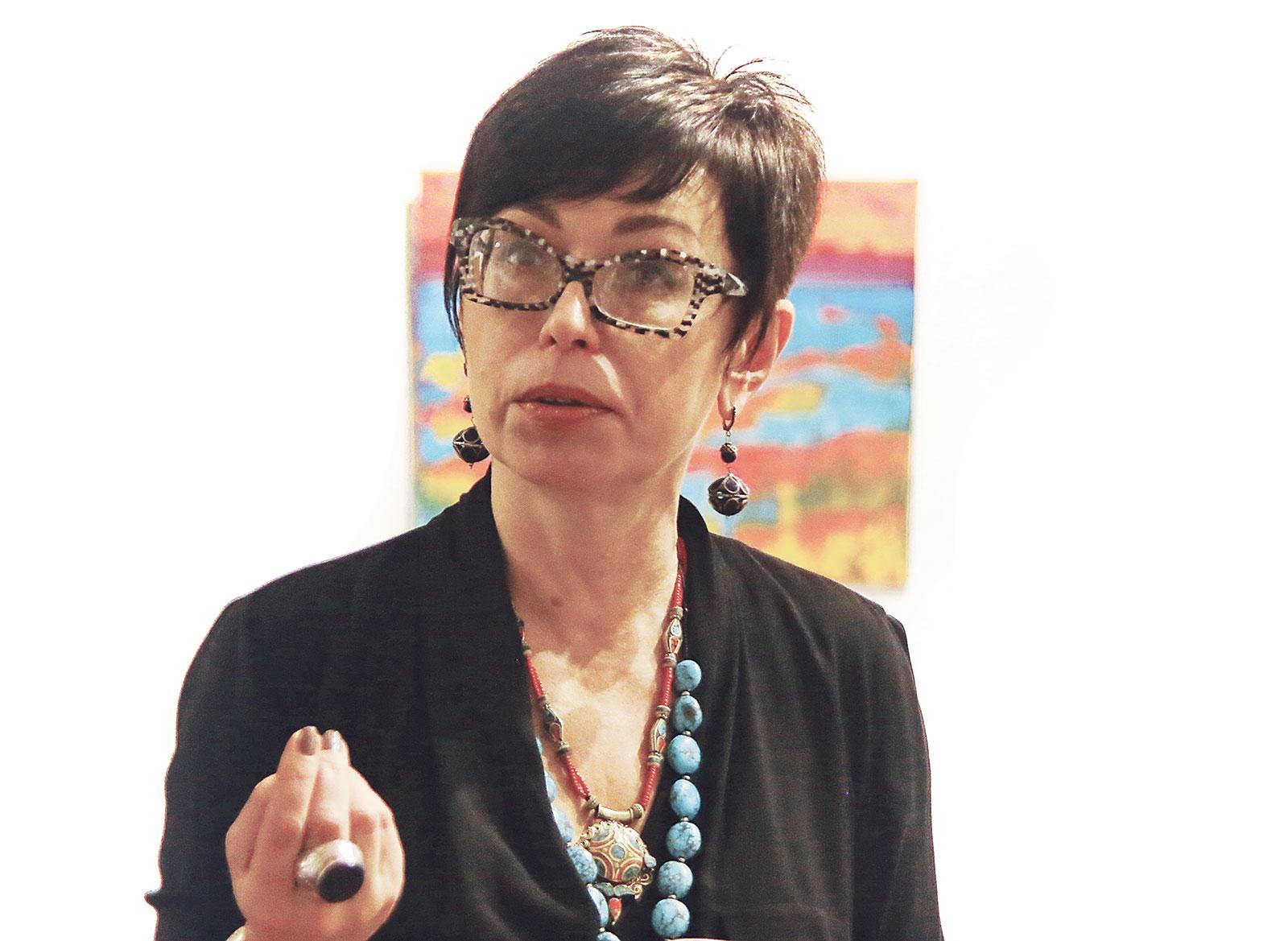 Цветотерапевт и художник Маша Гусева