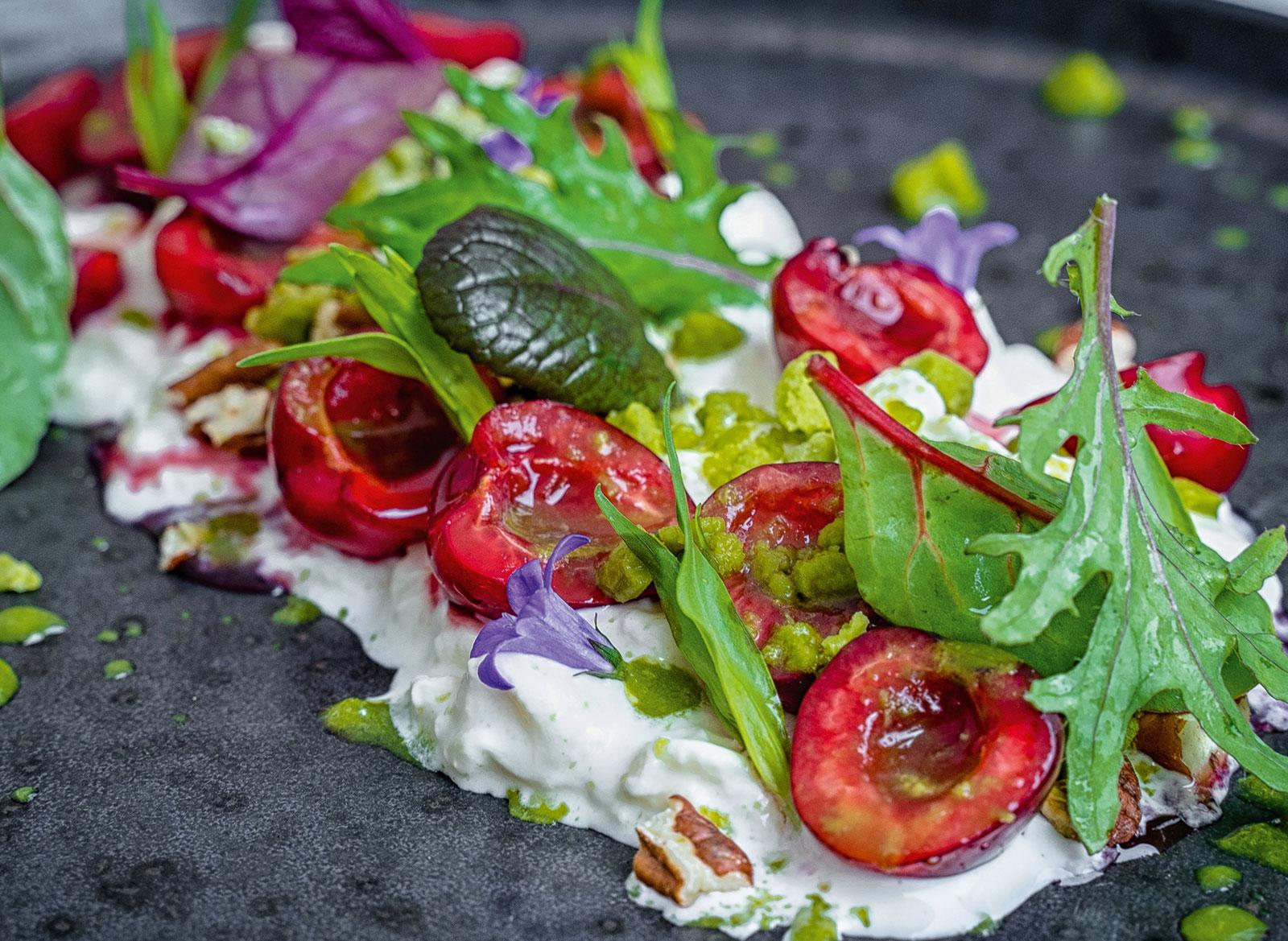 салат от шефа ресторанного типа фото человека визуально делится